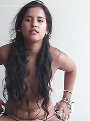 Pretty latina girl shopwing her perfect hot body