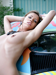 Hippie super model Eufrat likes the love bugs and you will love her too.
