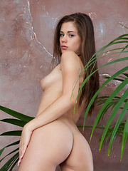 A petite girl with the cute face, and a stunningly slender body to boot, Caprice A is is spicy bombshell in small delish package.