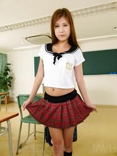 teen model Yura Kasumi